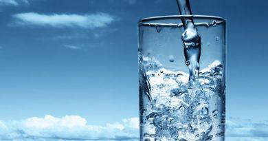 Пити-воду-потрібно-фото